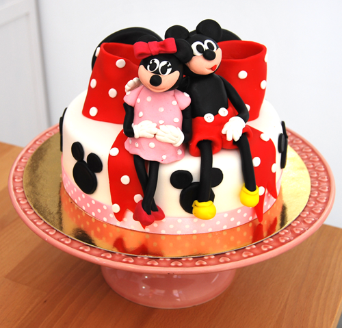 Bolo-Minnie-Mickey-laço