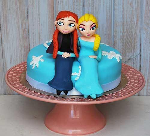 Bolo-princes.-Frozen